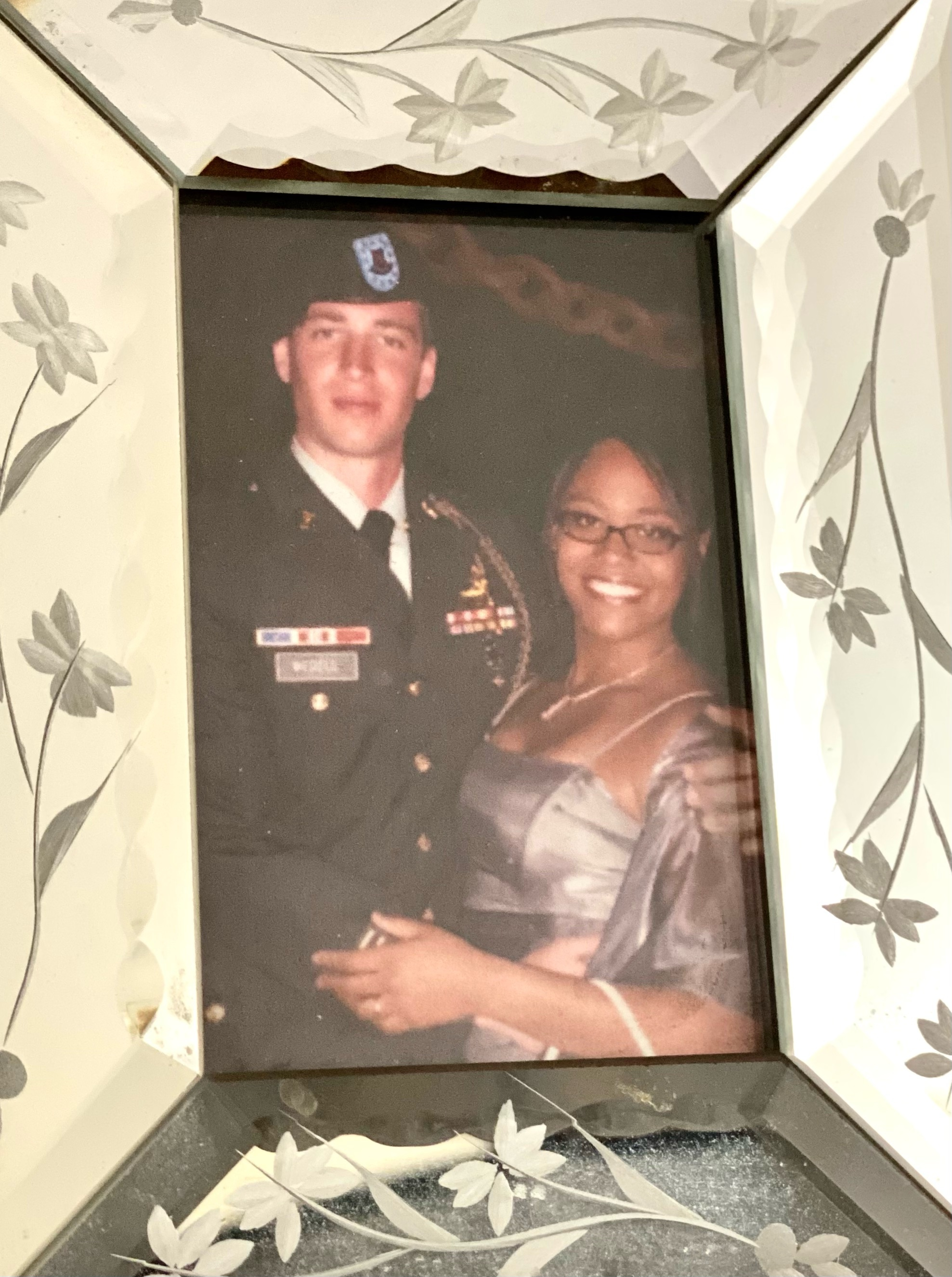 Photo of Angelica & Mark Wedell. Mark is an Army veteran
